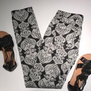 INC Black & White Brocade Pattern Skinny Leg Pants